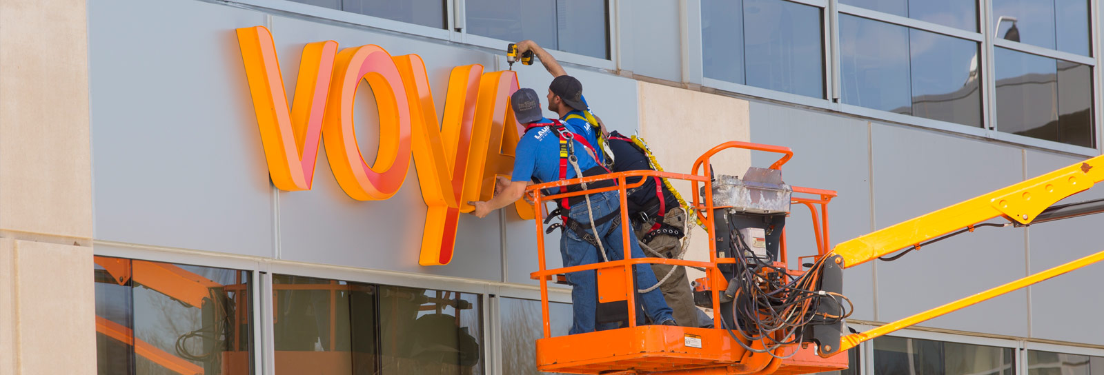 How to Maintain a Neon Sign in NYC